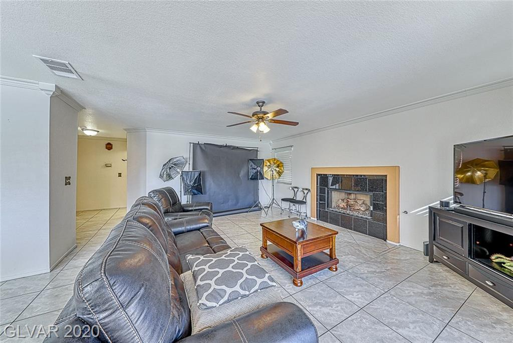 10013 Sailfish Cir Las Vegas, NV 89117 - Photo 18