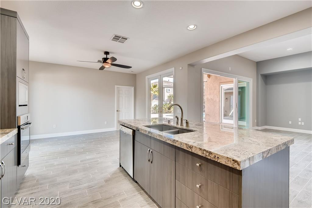 Summerlin - 600 Canyon Brook Pl
