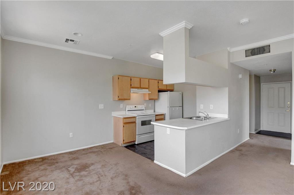 2900 Sunridge Heights Pkwy 917 Henderson, NV 89052 - Photo 4