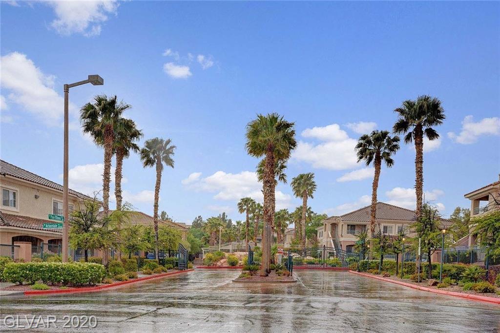 10524 Pine Glen Ave 105 Las Vegas NV 89144