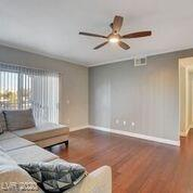 2900 2900 1025 Henderson, NV 89052 - Photo 5