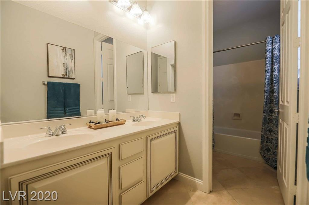 Summerlin West 1081 Maple Bend Ct Las Vegas, NV 89138 small photo 10