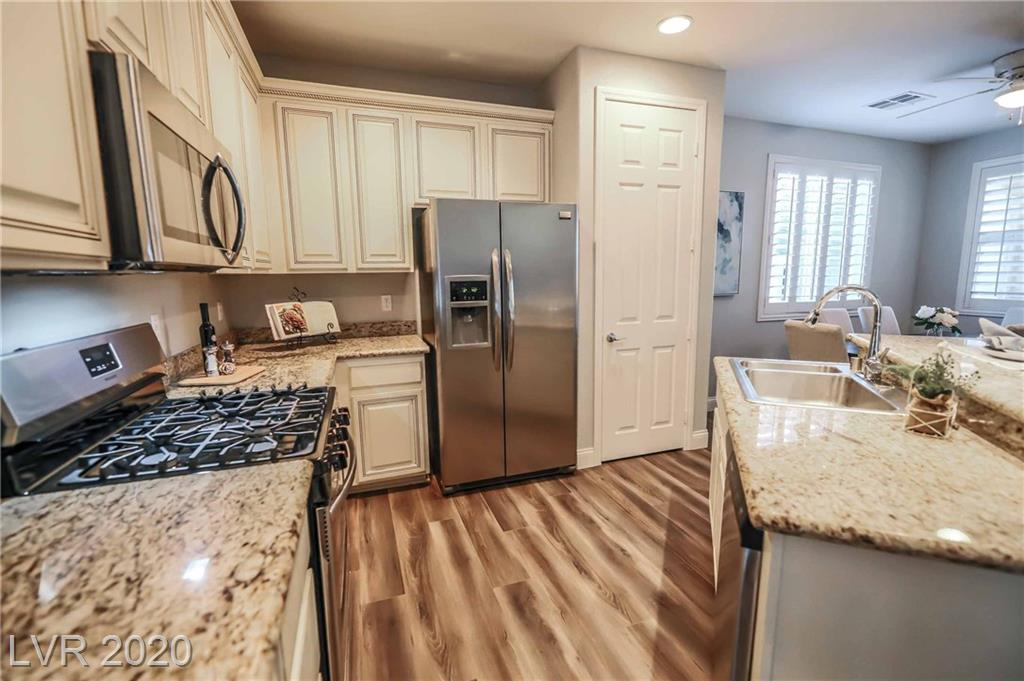 Summerlin West 1081 Maple Bend Ct Las Vegas, NV 89138 small photo 41