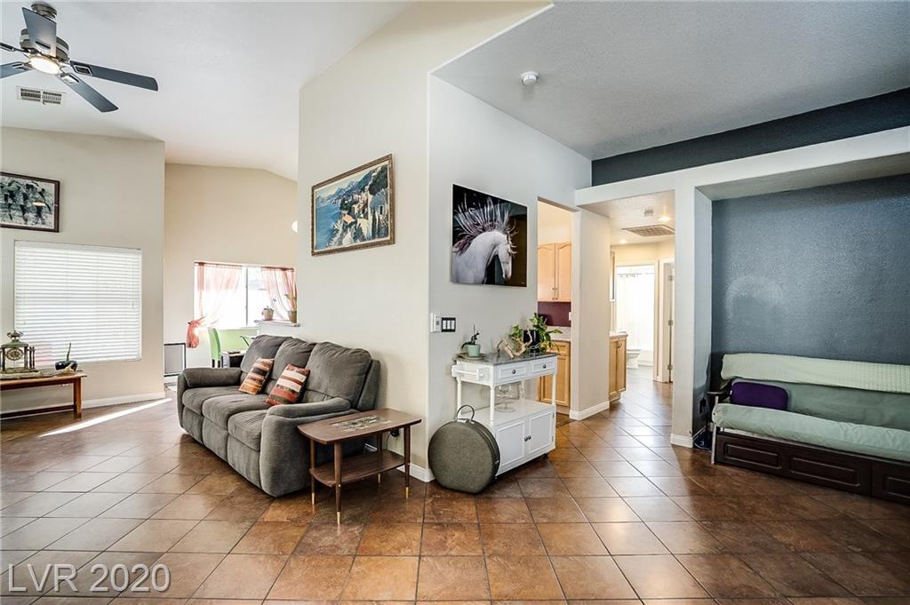 7813 Indian Cloud Ave Las Vegas, NV 89129 - Photo 5