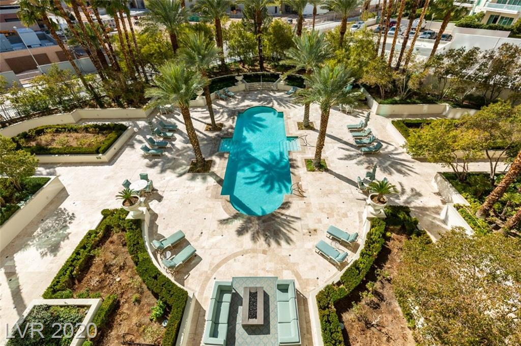 2857 Paradise Rd 402 Las Vegas NV 89109