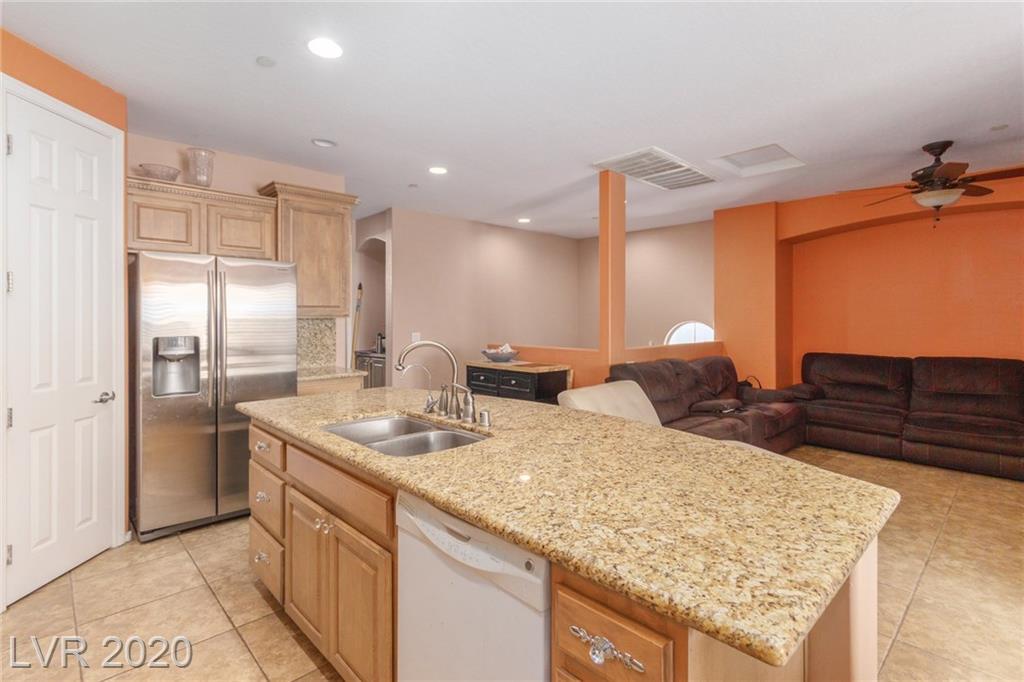 7833 Carysford Ave Las Vegas, NV 89178 - Photo 5