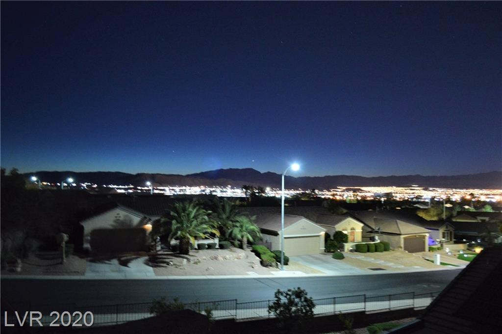 1661 Rockcrest Hills Ave Henderson, NV 89052 - Photo 48