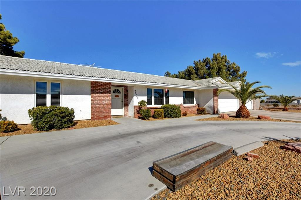 7205 Ullom Dr Las Vegas, NV 89118 - Photo 2