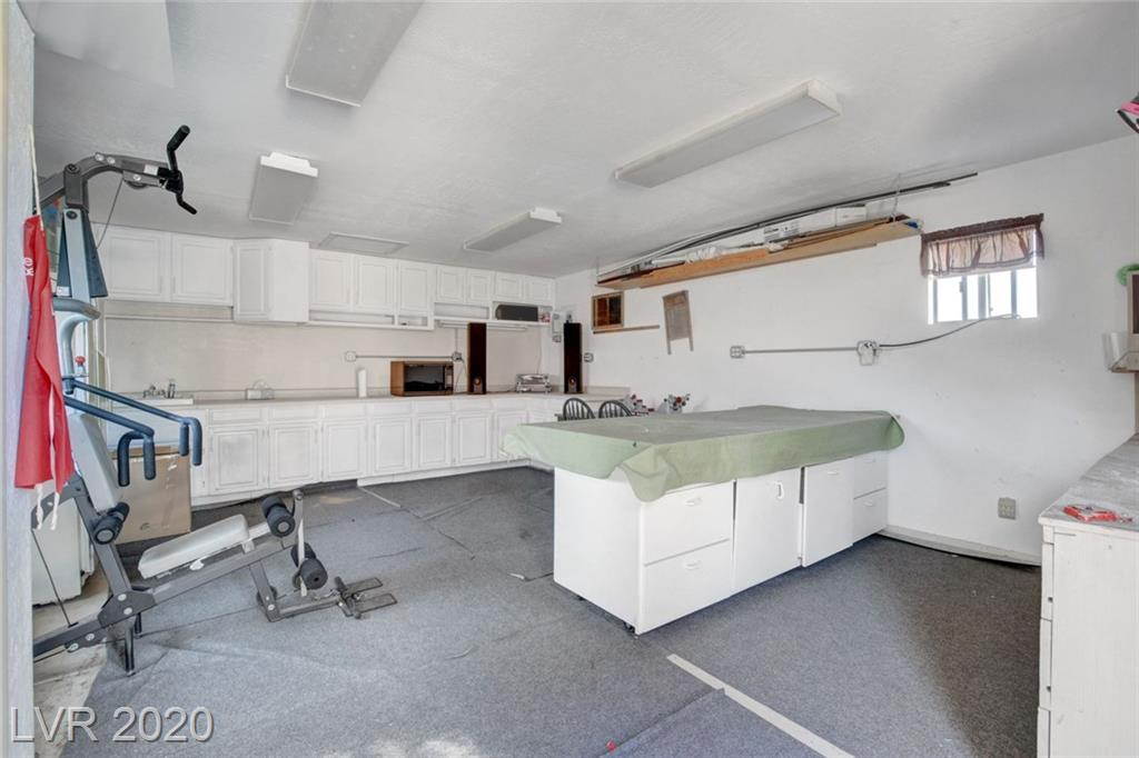 7205 Ullom Dr Las Vegas, NV 89118 - Photo 33