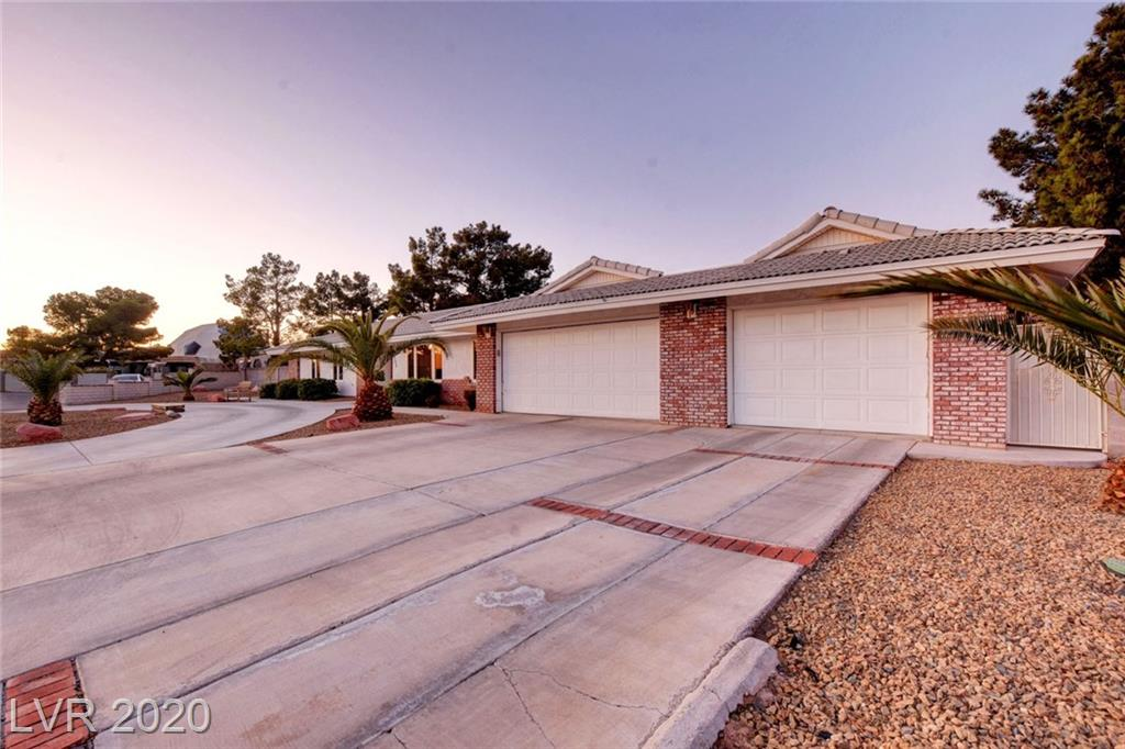 7205 Ullom Dr Las Vegas, NV 89118 - Photo 43