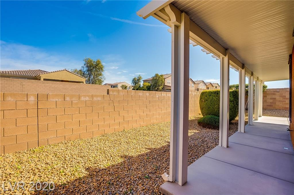 1024 Via Canale Dr Henderson, NV 89011 - Photo 6