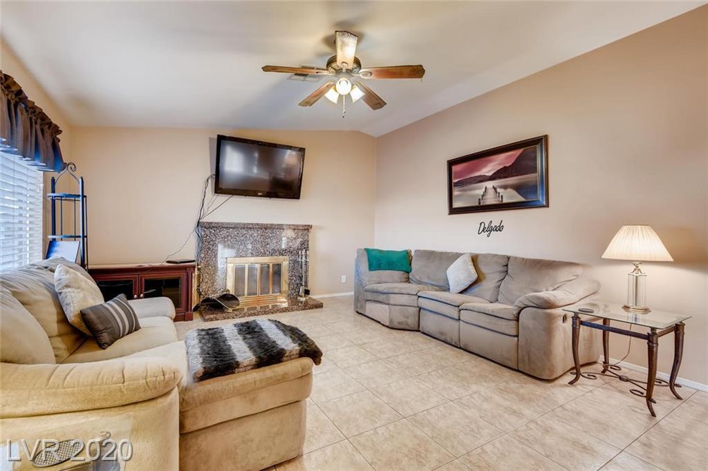 3667 Tempe St Las Vegas, NV 89103 - Photo 2