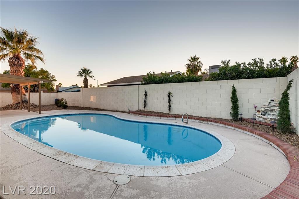 3667 Tempe St Las Vegas, NV 89103 - Photo 3