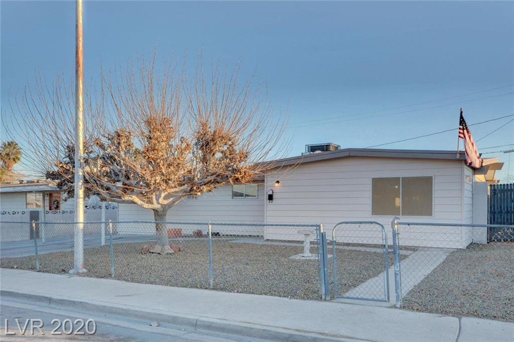 601 Alexander Ave Las Vegas, NV 89106 - Photo 2