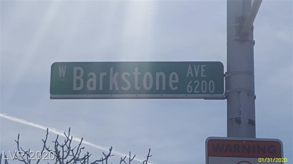 6208 Barkstone Las Vegas NV 89108