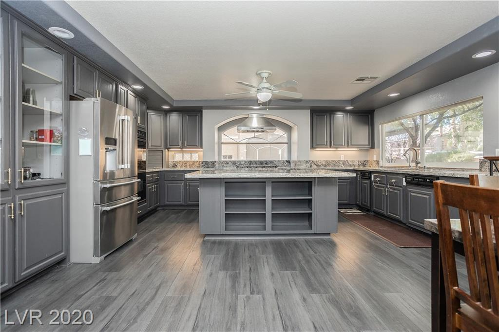 1330 Fragrant Spruce Ave Las Vegas, NV 89123 - Photo 3