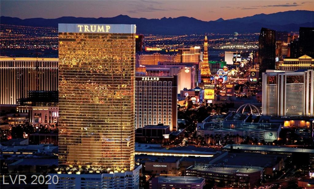 2000 Fashion Show 3028 Las Vegas NV 89109