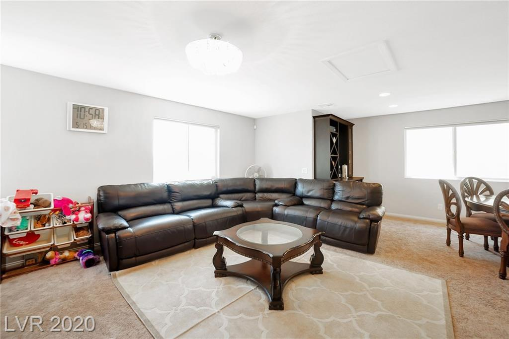 10421 Scarpa St Las Vegas, NV 89178 - Photo 3