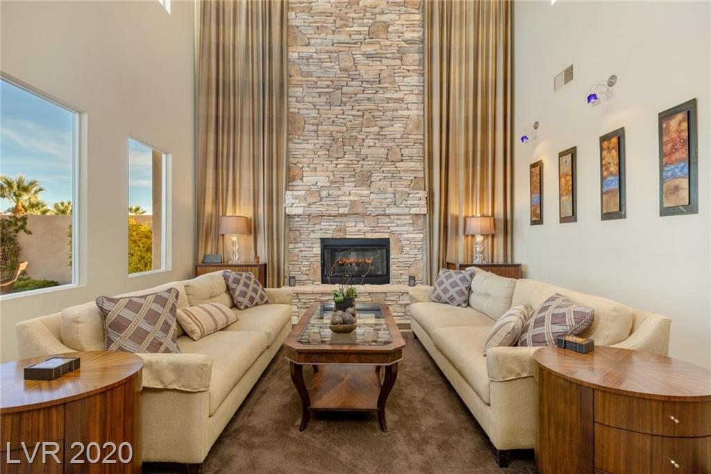 Red Rock Country Club - 2700 Grassy Spring Pl