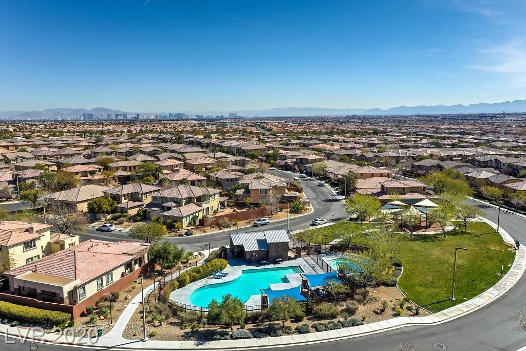 5513 Pinecroft Dr Las Vegas NV 89135