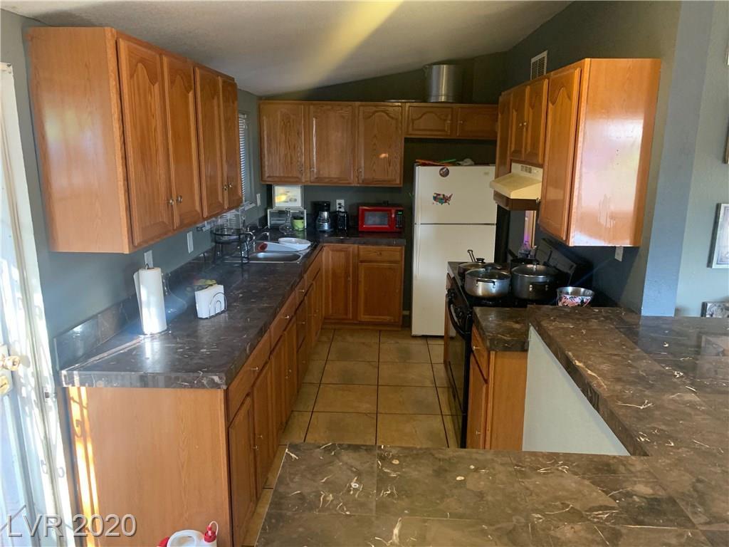 708 Mallard St Las Vegas NV 89107