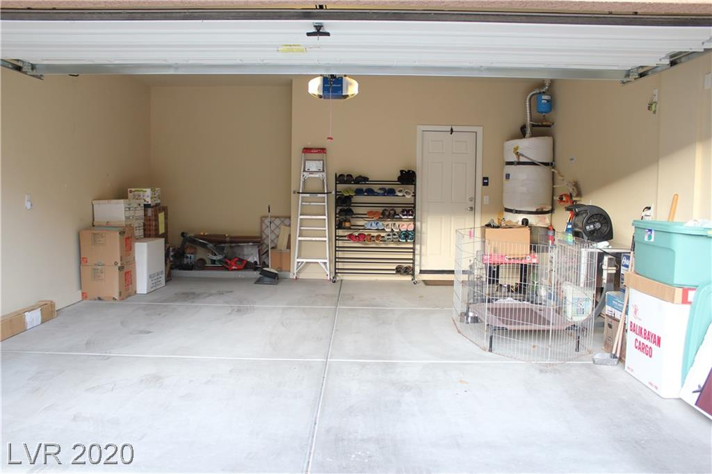 9732 Fox Estate St Las Vegas, NV 89141 - Photo 39