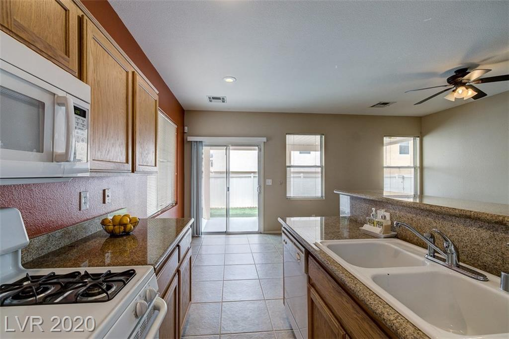None 10925 Sadlers Wells St Henderson, NV 89052 small photo 12