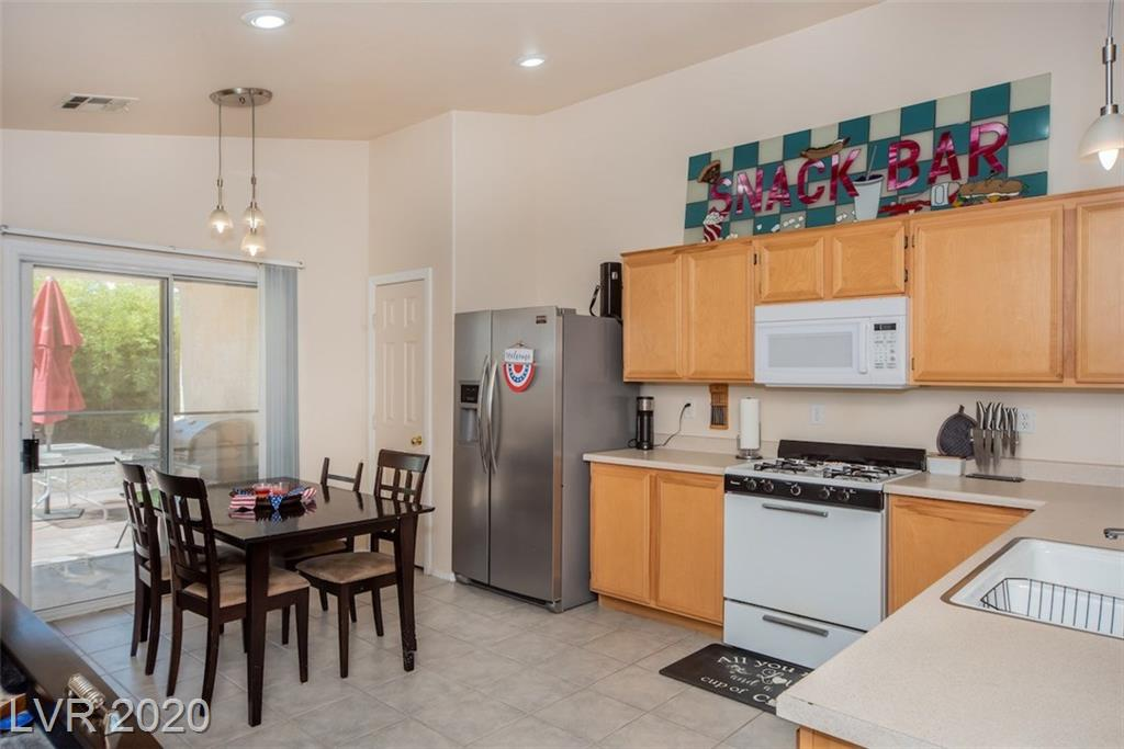4917 Morning Splash Ave Las Vegas, NV 89131 - Photo 14