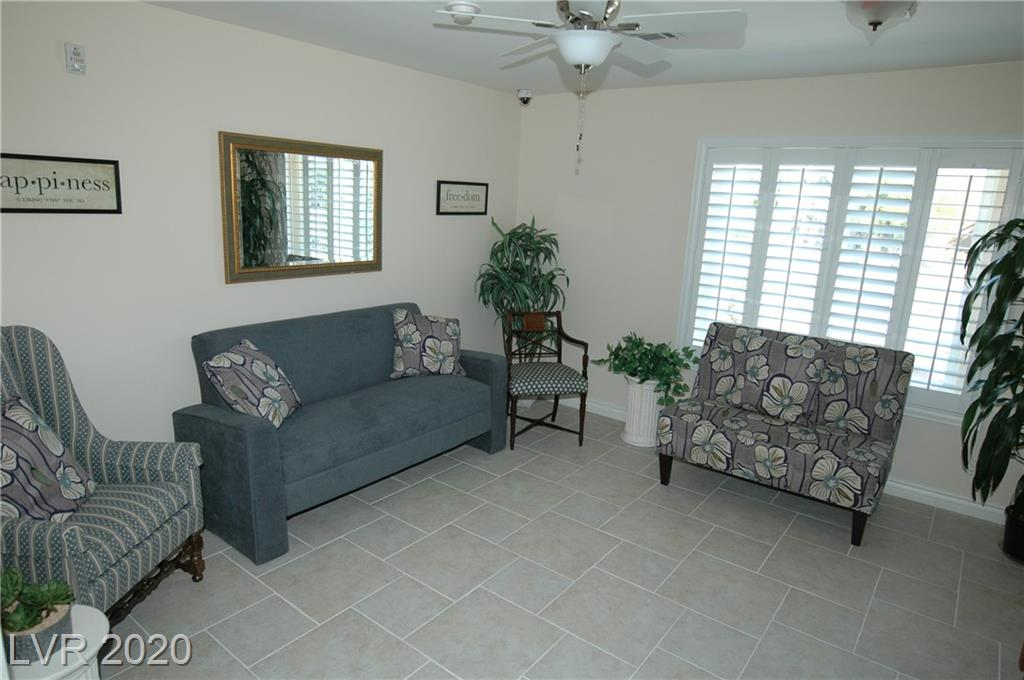 6737 Costa Brava Rd Las Vegas, NV 89146 - Photo 3