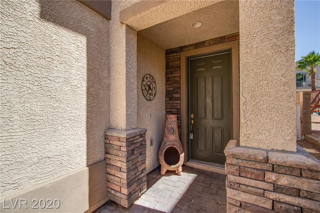 9041 Rusty Rifle Ave Las Vegas, NV 89143 - Photo 2