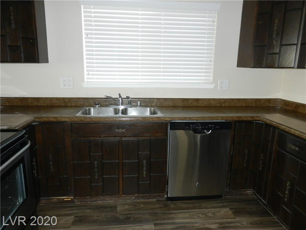 216 Candlelight St Las Vegas, NV 89145 - Photo 11