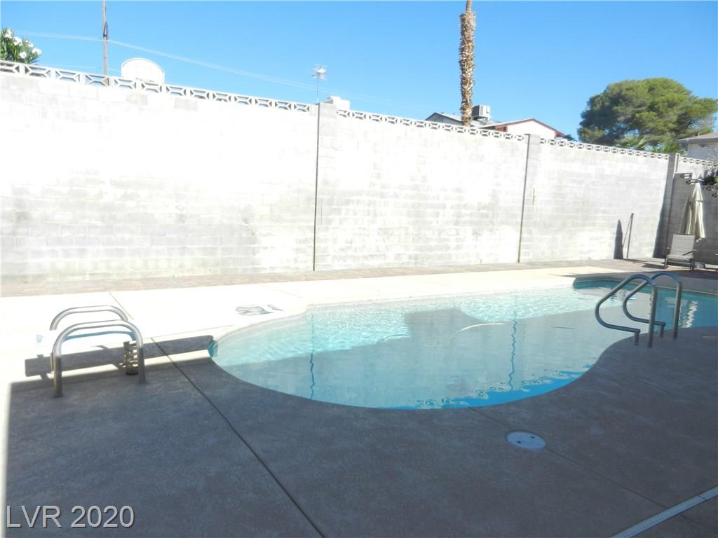 216 Candlelight St Las Vegas, NV 89145 - Photo 27
