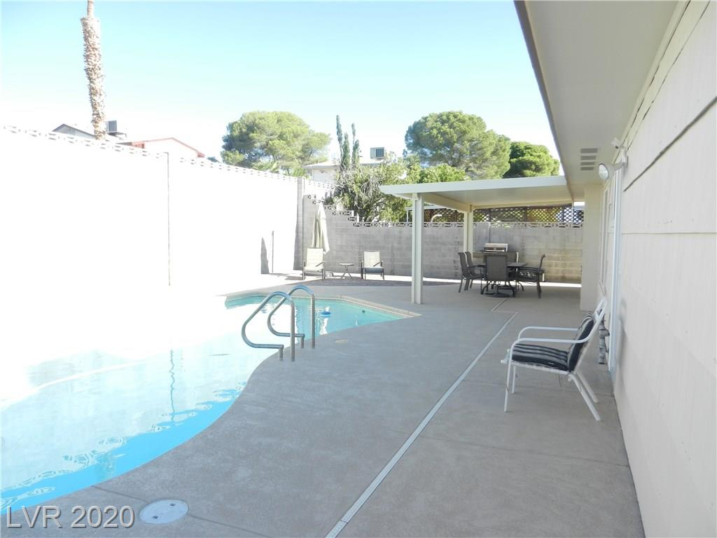 216 Candlelight St Las Vegas, NV 89145 - Photo 28