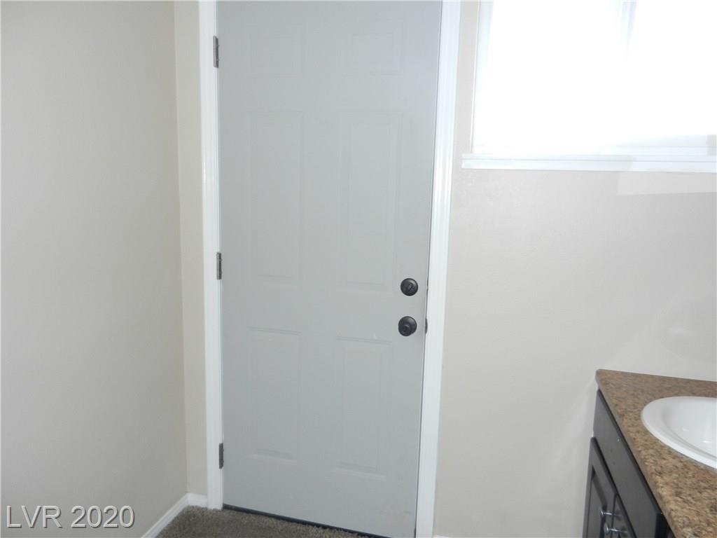 216 Candlelight St Las Vegas, NV 89145 - Photo 32