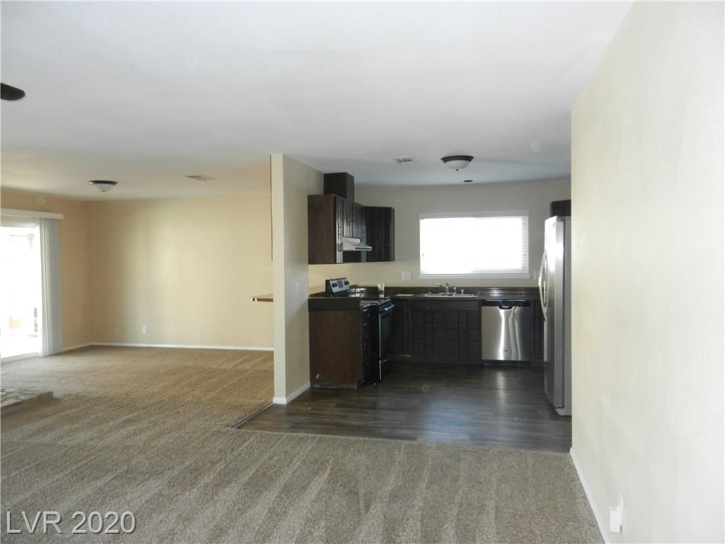 216 Candlelight St Las Vegas, NV 89145 - Photo 3