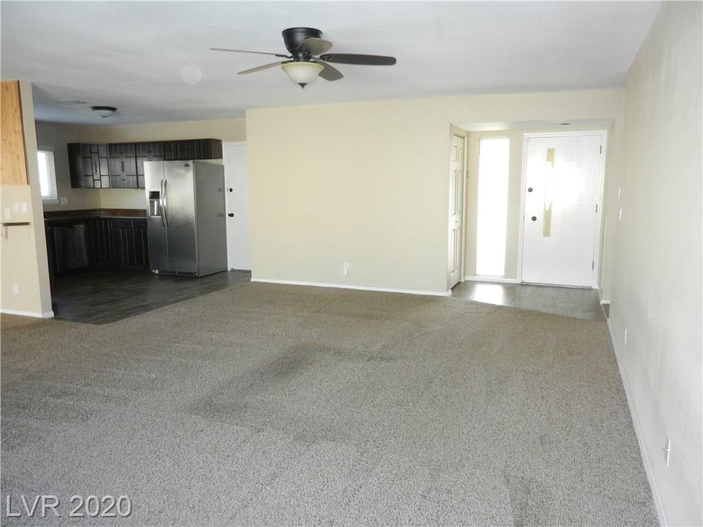 216 Candlelight St Las Vegas, NV 89145 - Photo 4