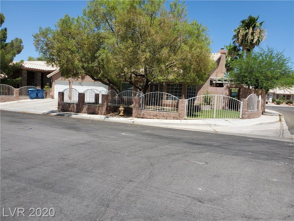 8196 Grizzly Bear Las Vegas NV 89123