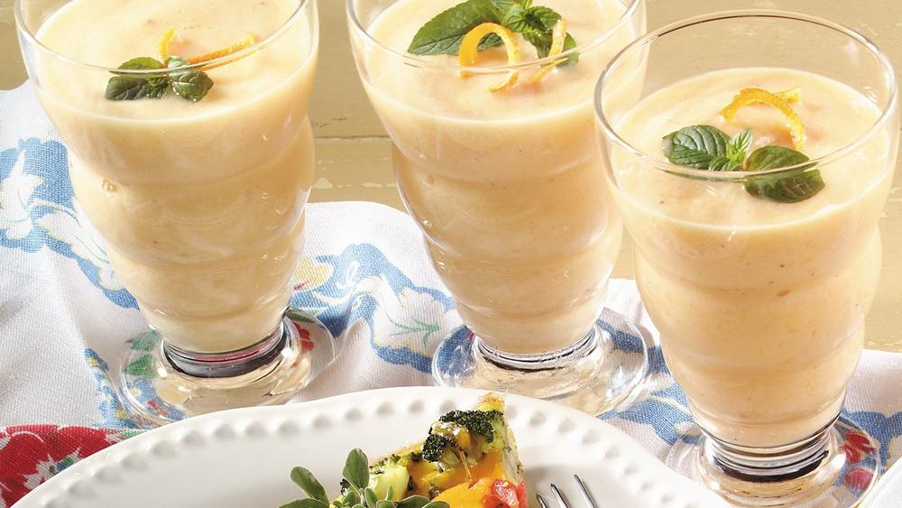 Peach-Banana Smoothie recipe from Pillsbury.com