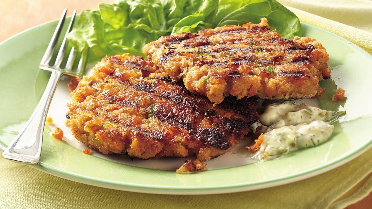 Tartar Topped Grilled Salmon Burgers