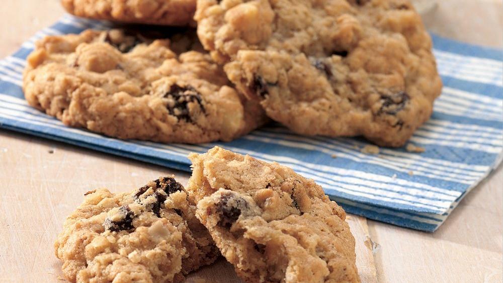 Oatmeal Raisin Cookies recipe from Pillsbury.com