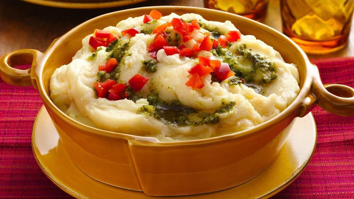 Purée de pommes de terre au pesto et à l'asiago