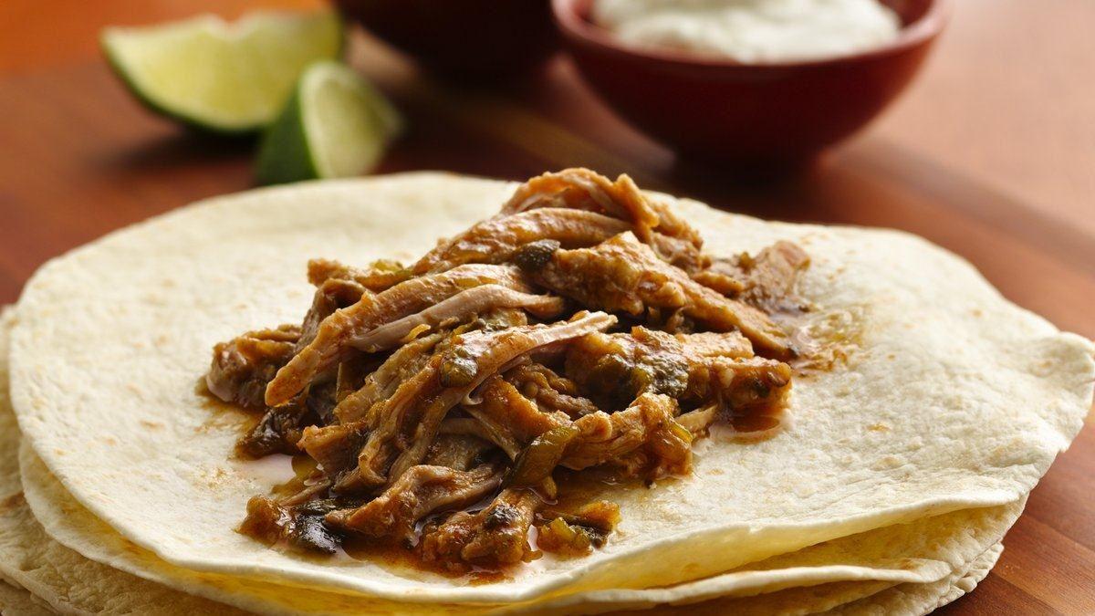 Slow Cooker Pulled Pork Burritos