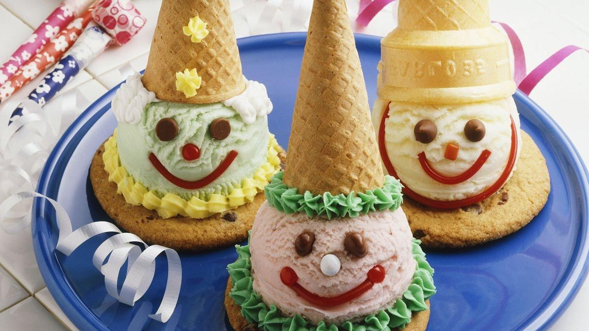 Cookie And Cone Birthday Clowns