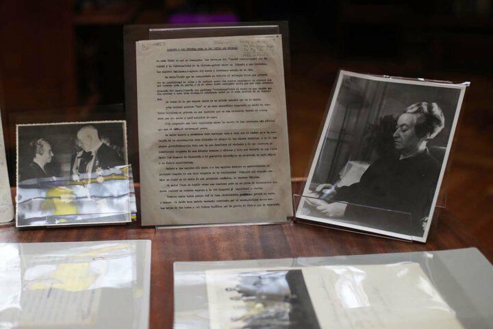 Recuerdan los 75 años del Nobel de Gabriela Mistral con serie de actividades