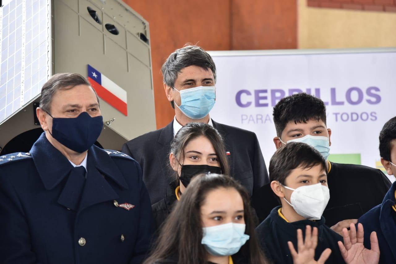 Estudiantes de Cerrillos serán la primeros del país en participar en inédito Programa Escolar Satelital