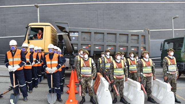 Ejército apoya a distrito de Villa María del Triunfo afectado por problema de salud pública