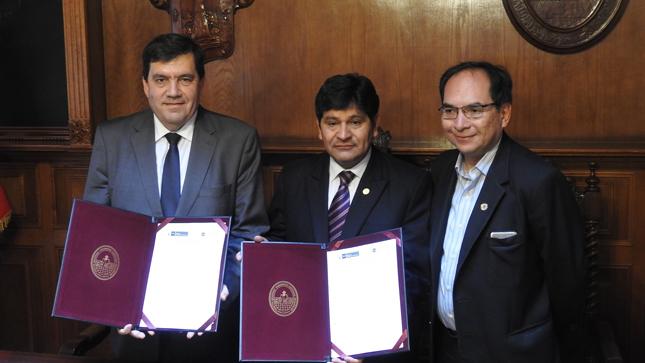 Ministerio de Relaciones Exteriores celebró convenio con universidad arequipeña sobre programa antártico