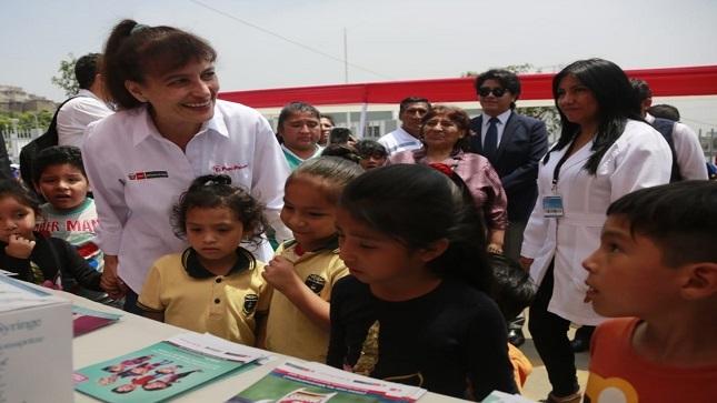 Ministra Pessah presentó dos renovados establecimientos de salud en San Juan de Lurigancho