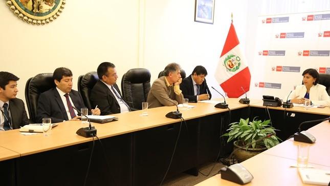 Ministra Sylvia Cáceres se reunió  con presidente de comisión de Trabajo y Seguridad Social del Congreso