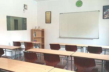 C2語言學校-團體教室2